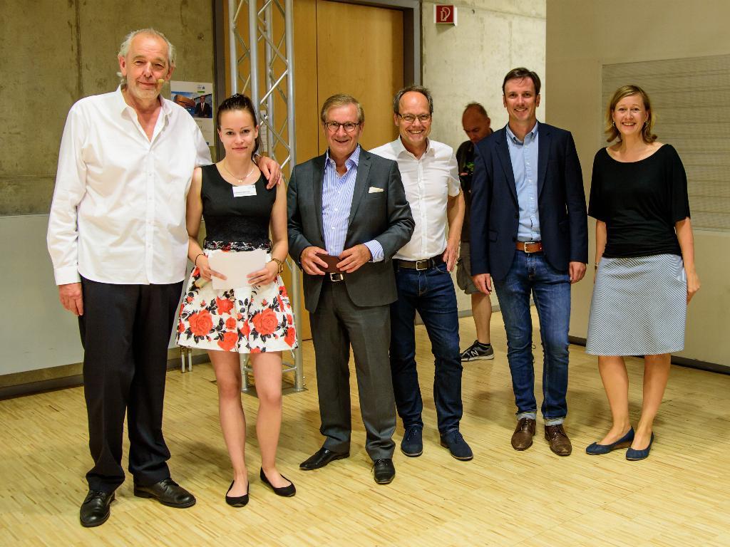 Prof. Horst Müller, Daniela Möckel, Jan Hofer, Kai Gniffke, Danko Handrick und Julia Kuttner (v.l.n.r.) waren die Akteure des Abends. (Foto: Helmut Hammer/Hochschule Mittweida)