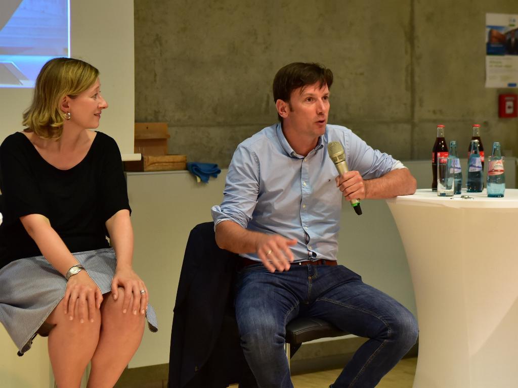Korrespondent Danko Handrick erklärt, weshalb Themen aus Ostdeutschland weniger Platz in der Sendung finden. (Foto: Helmut Hammer/Hochschule Mittweida)
